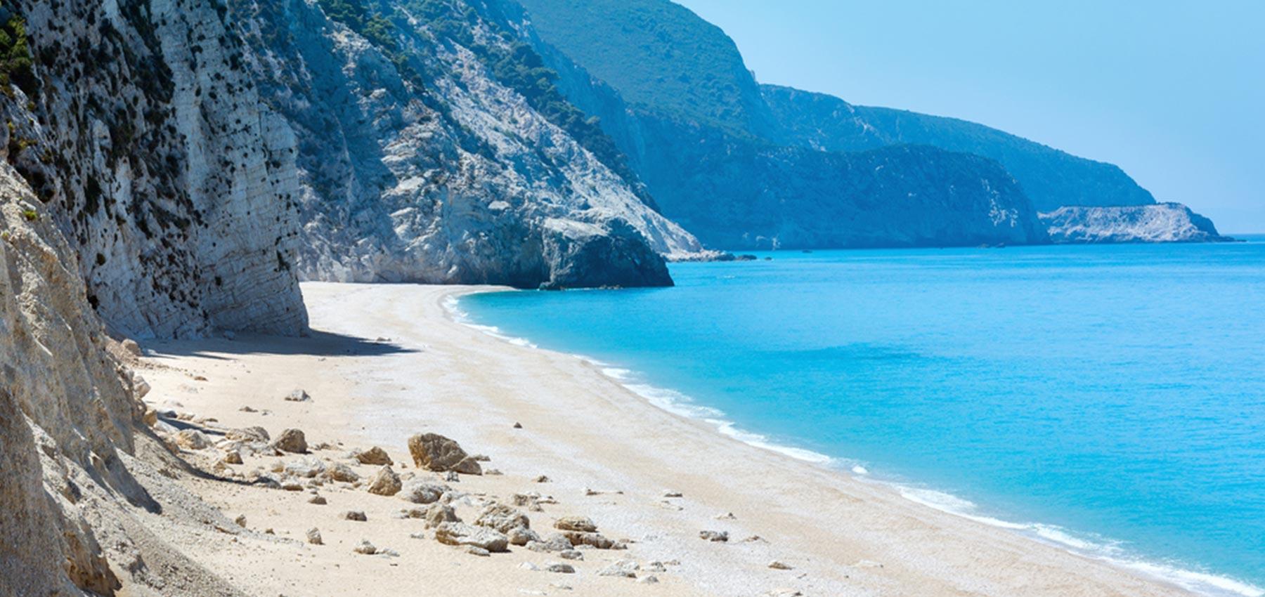 Stunning California Beach House Inspired By The Horizon: Ionian Horizon Luxurious Villas In Lefkada, Greece